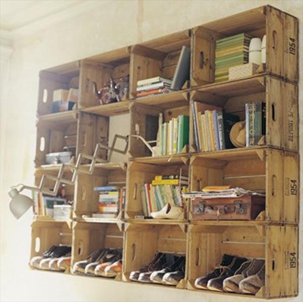 para hacer la estantera tan solo necesitaris las cajas de fruta enteras sin modificar y fijarlas a la pared una encima de la otra - Estanterias Hechas Con Palets