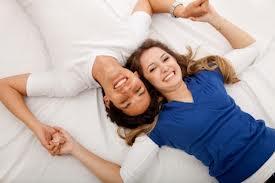 التسامح سر استمرار الحياة الزوجية - زوجان سعيدان - زواج سعيد - happy couple