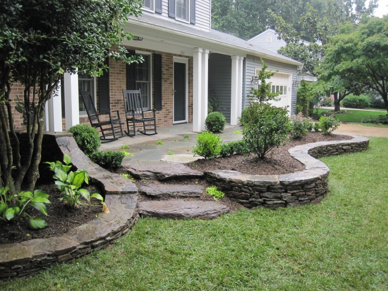 896 ydc how two landscape architects transform their yard for Small front porch landscaping ideas