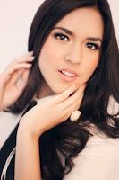 Profil dan Biodata Penyanyi Cantik Raisa Andriana Calon Istri Yusuf Rohuda