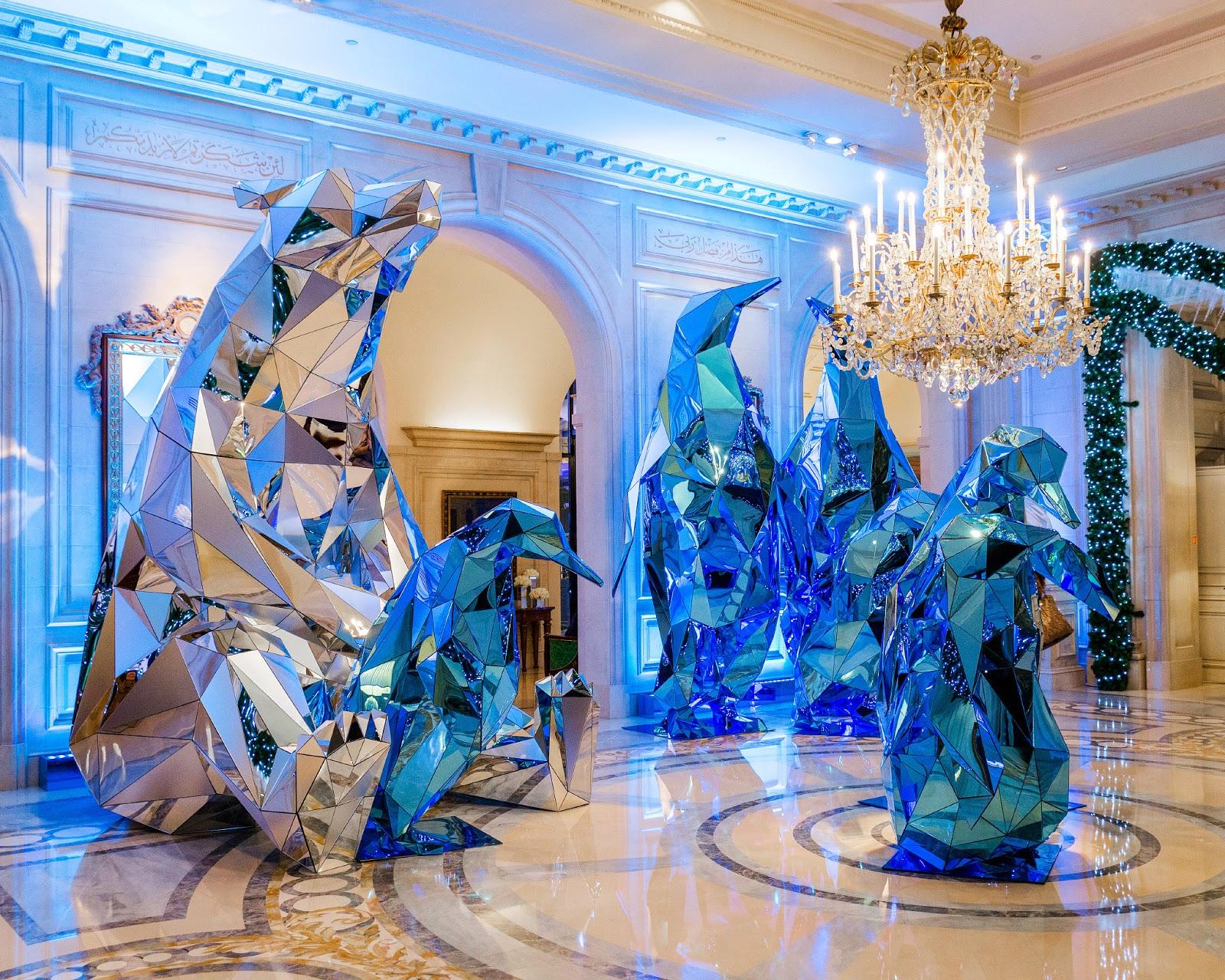 La g orgienne christmas decoration in paris for 4 season decoration