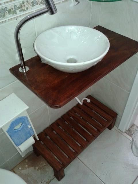 Rusmad Móveis e Decorações Bancada de pia de banheiro em demolição -> Bancada De Pia De Banheiro Em Madeira