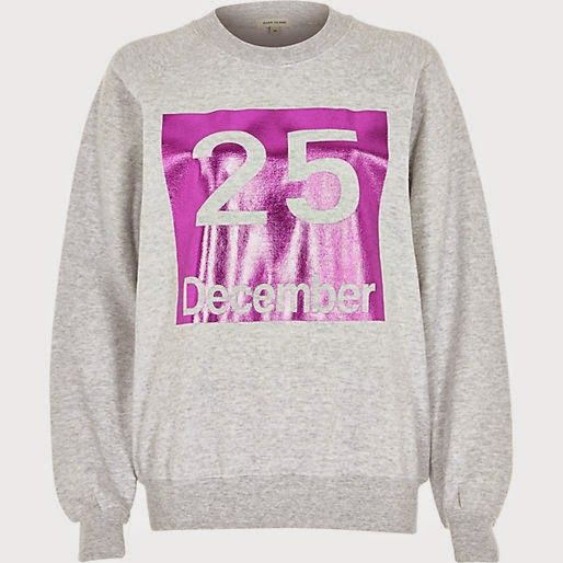 grey sweater pink motif