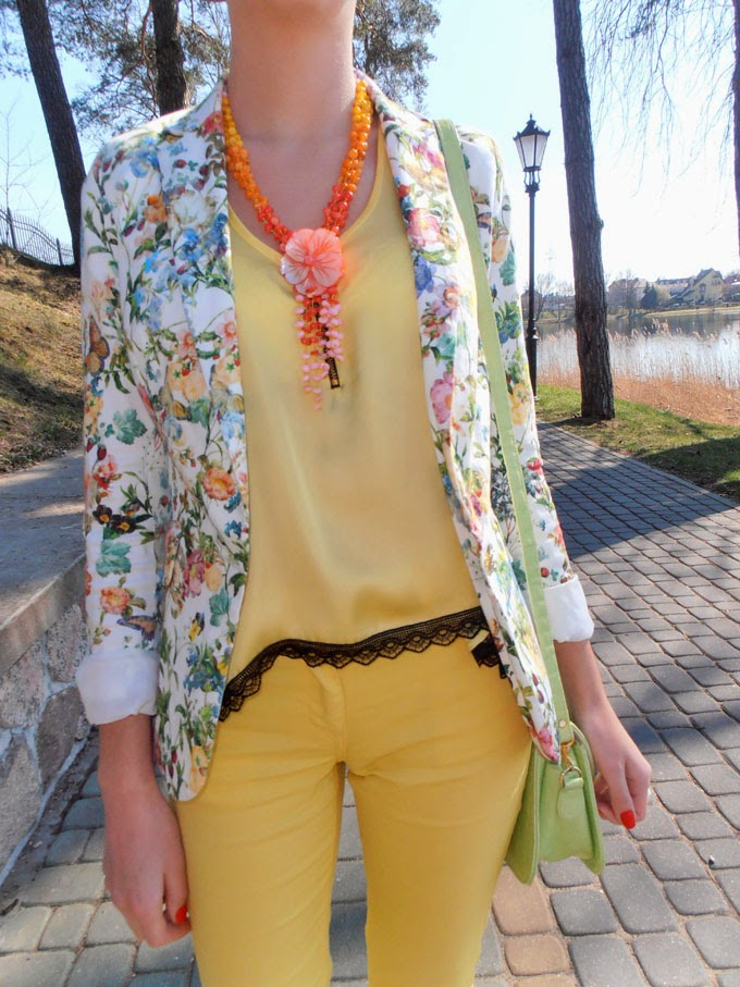 YELLOW, PASTEL PINK AND FLOWER PRINT