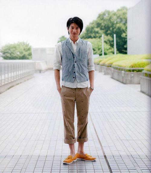 日本演藝圈中的《草食男》《肉食女》