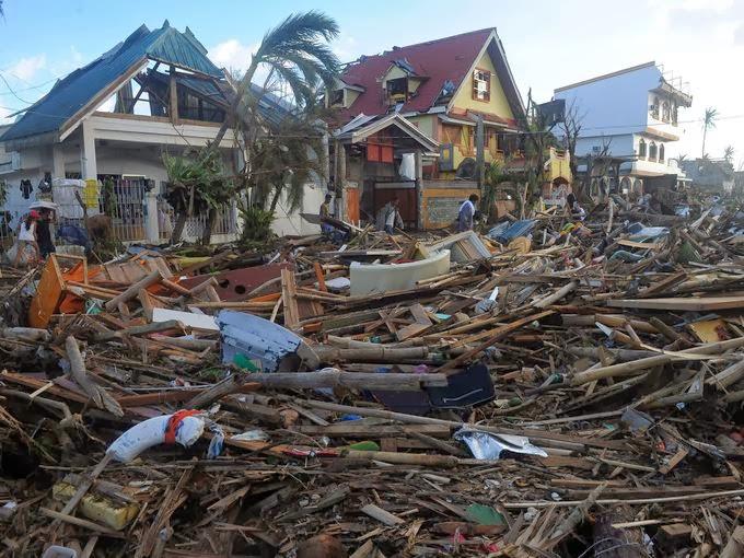 TYPHOON PHILIPPINES 25