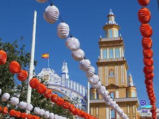 Feria de Sevilla 2013 - Portada y farolillos
