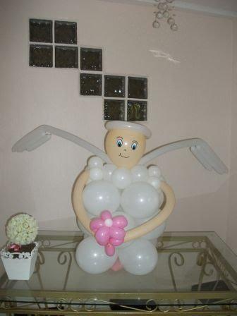 Anjinho feito em balão para batizado