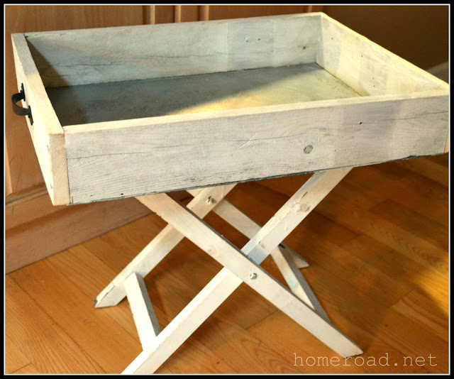 DIY Galvanized Steel Tray using reclaimed wood www.homeroad.net