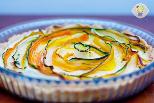 Zakręcona tarta z cukinią i marchewką, tarta na wytrawnie