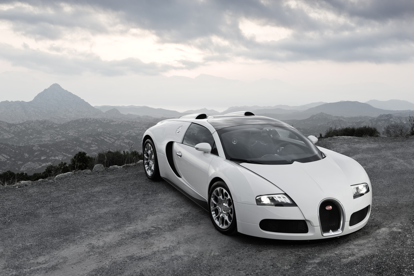 dr sous 2012 bugatti veyron 16 4 super sport. Black Bedroom Furniture Sets. Home Design Ideas