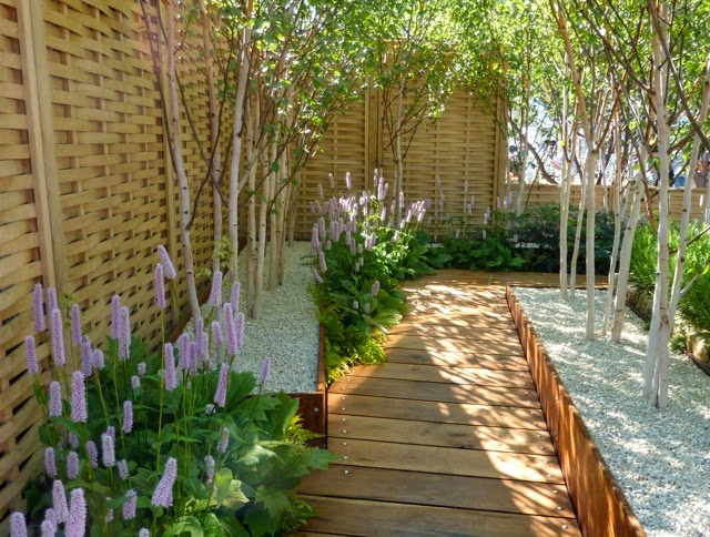 Modern garden design and beautiful garden design armin for Modern house garden