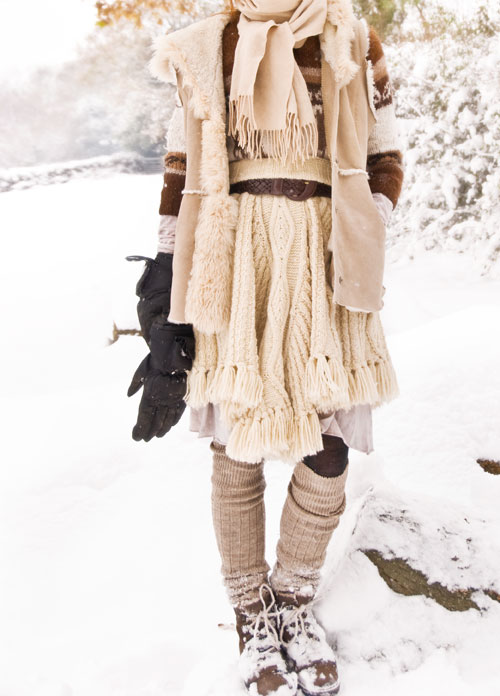 Psynopsis White Winter Outfit with Fur Vest