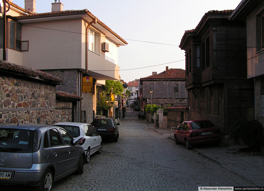 На улицах Созополя | On the Streets of the Town of Sozopol