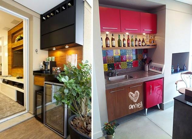 Churrasqueira, frigobar, móveis coloridos