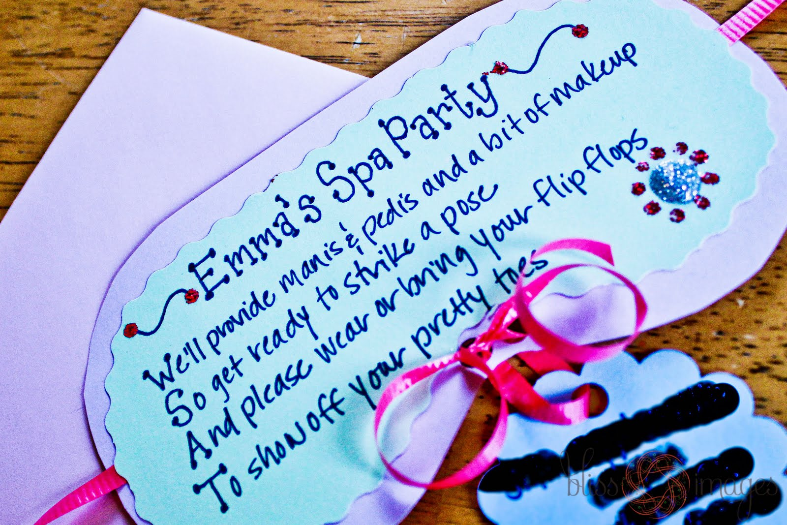 Homemade spa invitation party invitations ideas for Spa mask invitation template