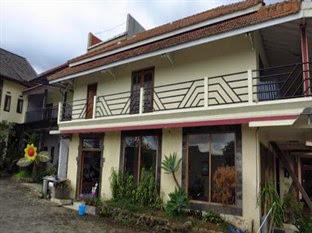 Hotel Murah Dekat BNS Batu Malang - Bunga Matahari Guest House and Hotel