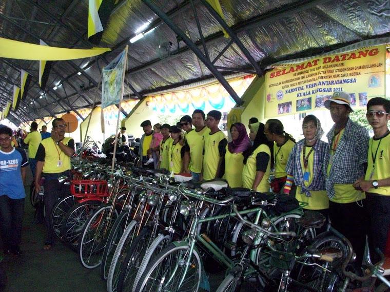 Pameran motor,kereta dan basikal klasik di Kuala Kangsar