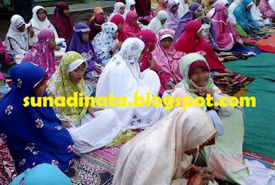 Soal UAS KTSP Kelas 7 SMP Akidah ahlak Semester 1 / Ganjil
