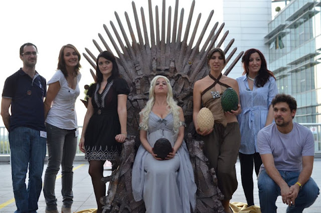 Game of thrones trono di spade sky hbo targaryen daenerys khal drogo cosplayer