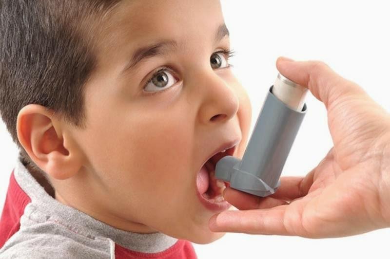 Anak penderita asma