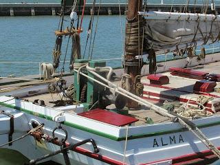 scow schooner photo