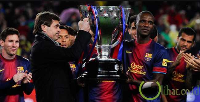 http://www.lihat.co.id/2013/06/13-momen-dunia-sepakbola-yg-paling.html
