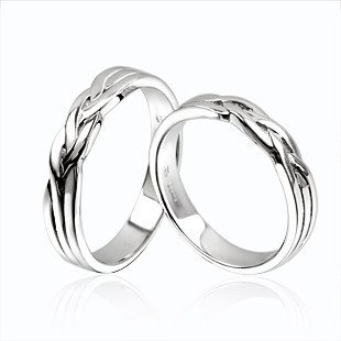 Simple White and Gold Wedding Rings, Simple White and Gold Wedding Rings, Simple Wedding rings, White Gold Wedding Rings, Gold Wedding Rings, Couple Wedding Rings, Luxury Wedding Rings, Exclusive Wedding Rings, Wedding rings Ideas, Wedding Concept Ideas, Wedding Solution, Wedding Rings, White Wedding Solution, Simple wedding ring silver, wedding ring love, wedding ring collection, wedding rings design, wedding rings design ideas, wedding rings design model, wedding rings design pictures, wedding rings america, wedding rings design 2012