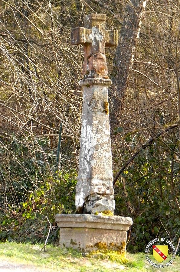 Gérardmer - Croix de chemin, chemin du Moulin