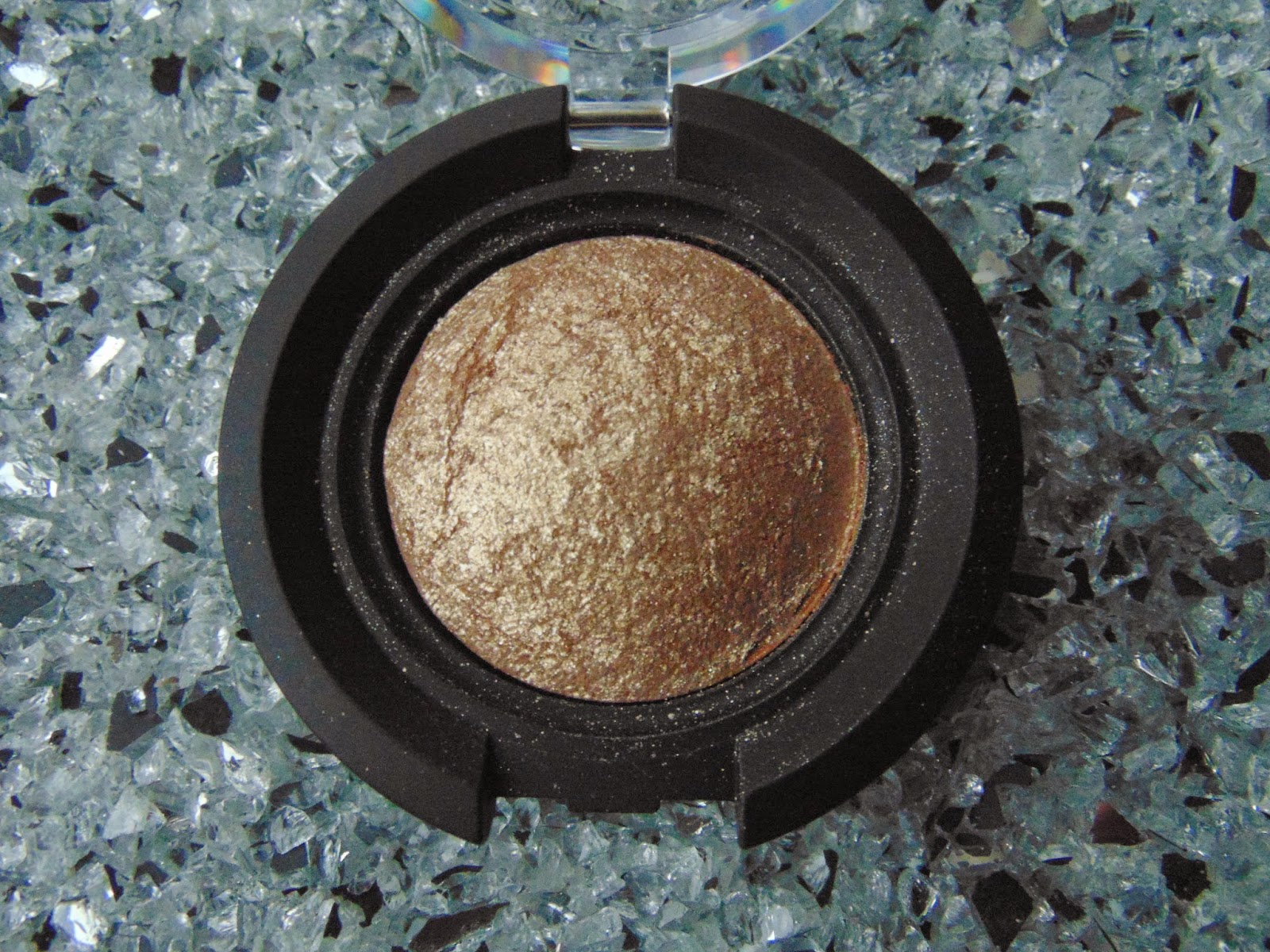 KIKO Colour Sphere Eye Shadow - Nr. 30 - www.annitschkasblog.de