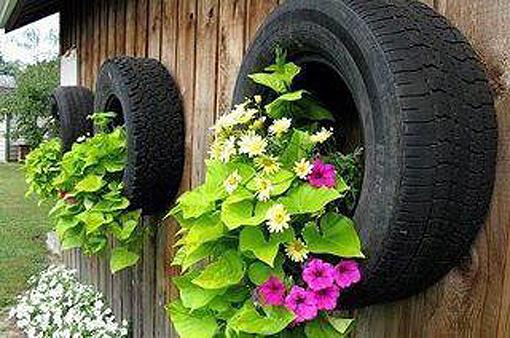 Decoraci n f cil jardineras realizadas con neumaticos usados - Jardineras de colores ...