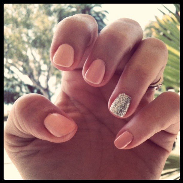 preppy flamingo summer nails