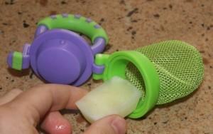 舒緩嬰兒長牙不適!試試自製母奶冰棒!