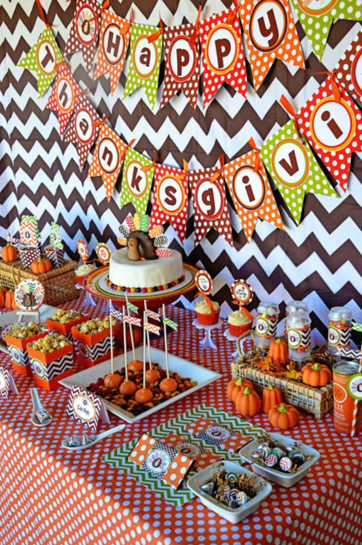 Barbara 39 S Beat Momtrepreneurs Of The Day Kara 39 S Party: happy thanksgiving decorations
