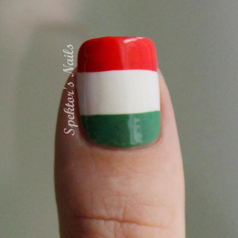 Mexican Flag Nail Design