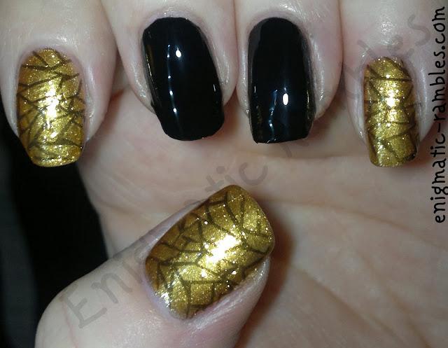 w7-black-models-own-gold-rush-stamped-bundle-monster-BM208