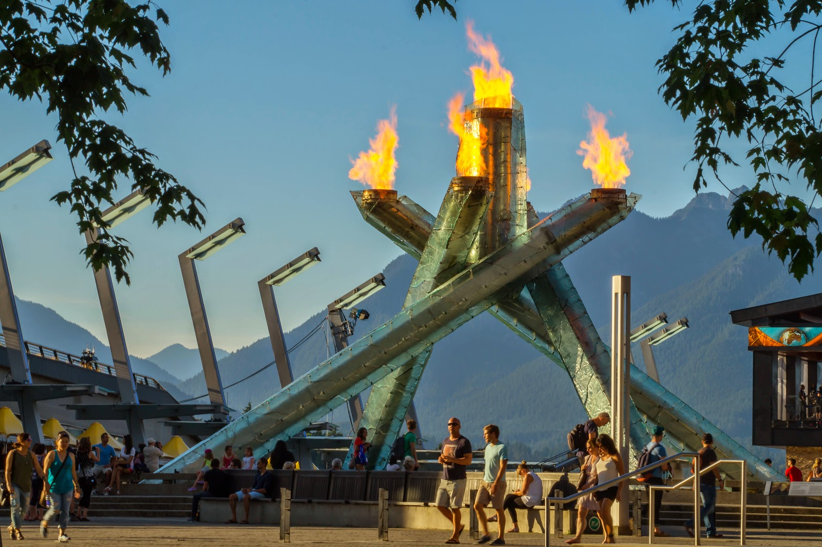факел олимпийских игр 2010 года