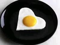 البيض على الإفطار يضمن صفاء ذهنك في العمل