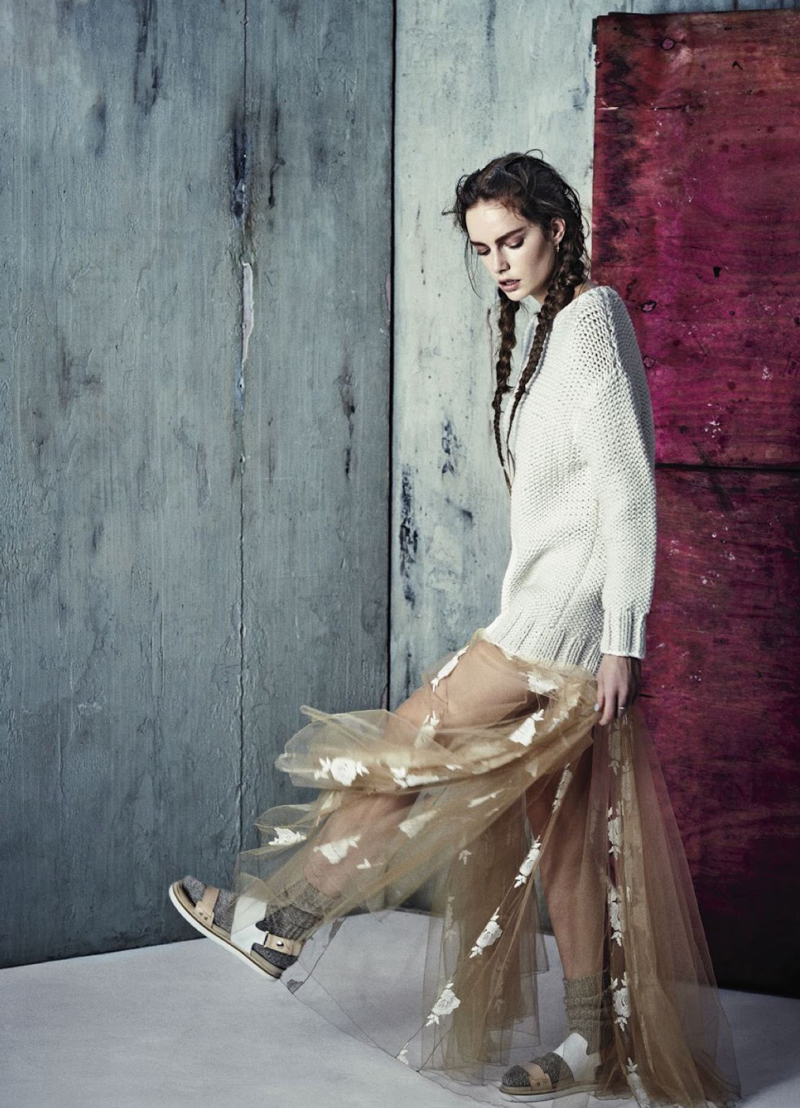 Sophie Droogendijk wearing Blumarine lace dress in Grazia France April 2014 (photography: Honer Akrawi, styling: Laure Orset-Prelet) via fashioned by love british fashion blog