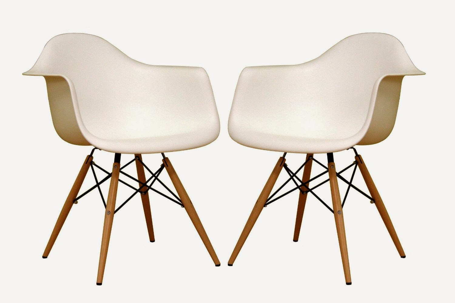 Hmh designs mcm eiffel chairs for White dining room chairs