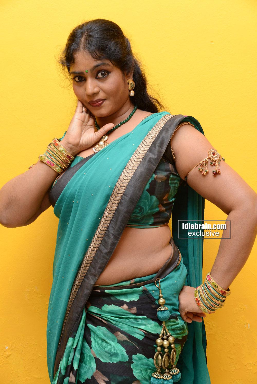 back saree sexy aunty