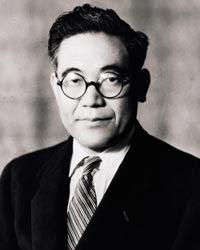 Toyota+founder+ +Kiichiro+Toyoda Ternyata Toyota Melenceng dari Nama Asli