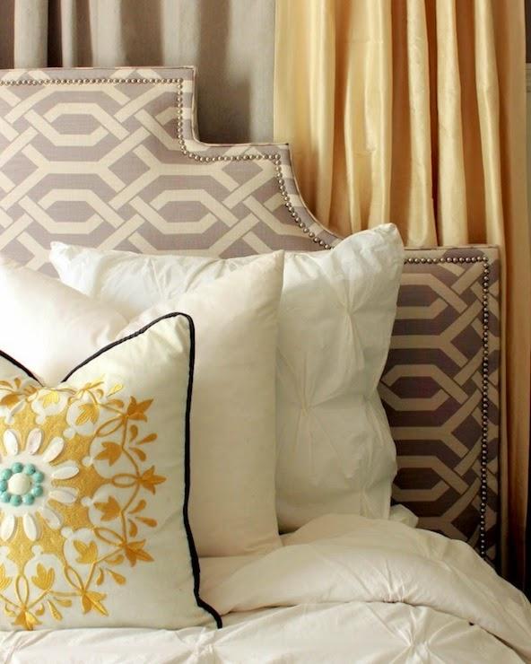 conseils d co et relooking id es de t te de lit en tissu. Black Bedroom Furniture Sets. Home Design Ideas