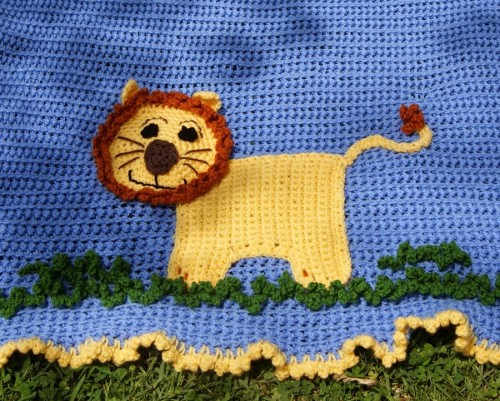 Lion Blanket - Free Crochet Pattern