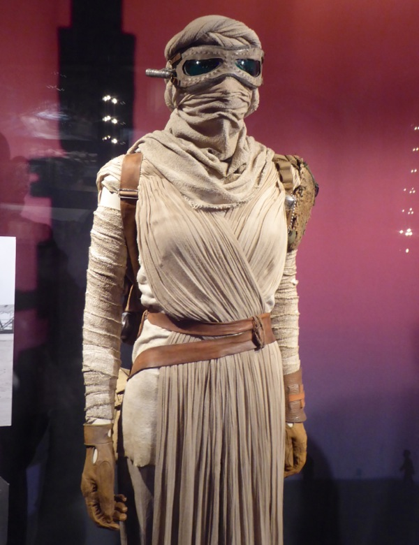 Rey costume detail Star Wars Force Awakens
