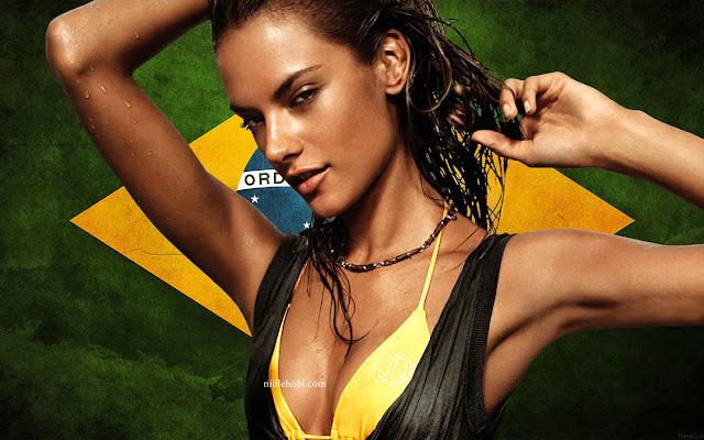 Brezilyalı Güzellerin Doğal Bronzluk Sırrı