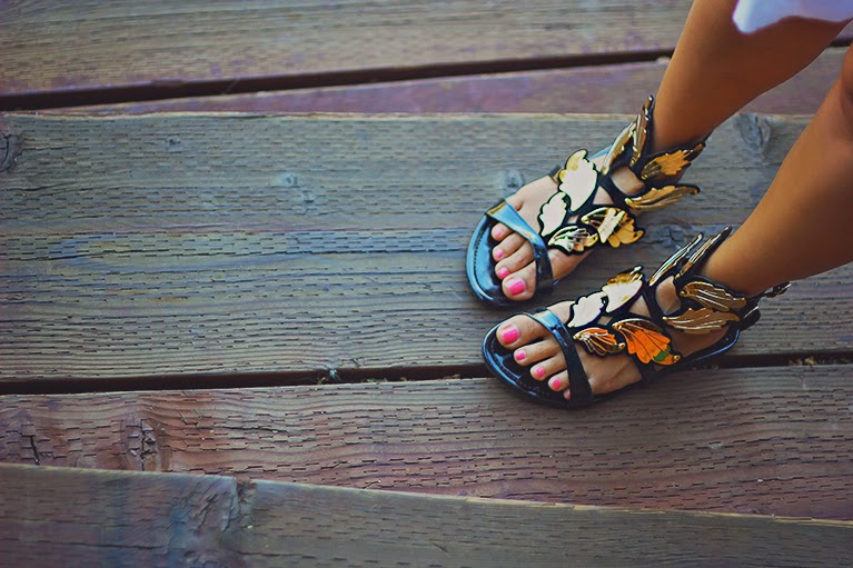 winged sandals, wings, flats, fashion blogger shoes