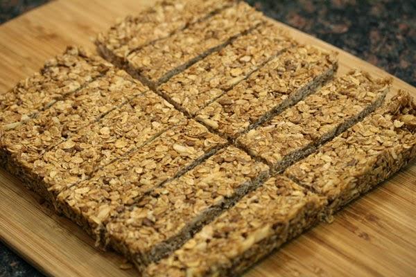 sliced-granola-bars