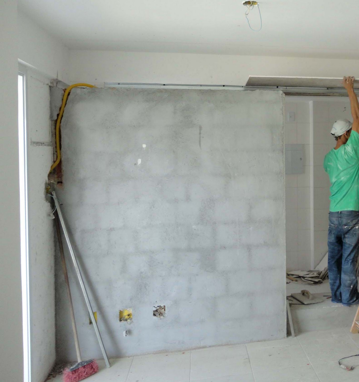 Projetando o cas rio aplicando placas de madeira na parede - Placas para paredes ...
