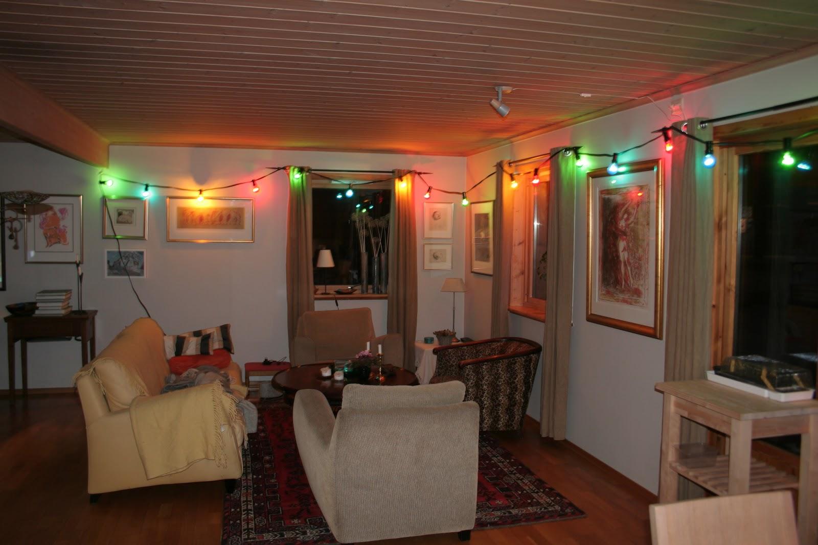Hagegnomen Bjarnes hageblogg: Kulørte lamper på terrassen, er det ...